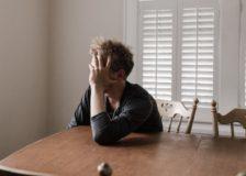 消えない不安と心配 考えすぎる性格の特徴と改善策